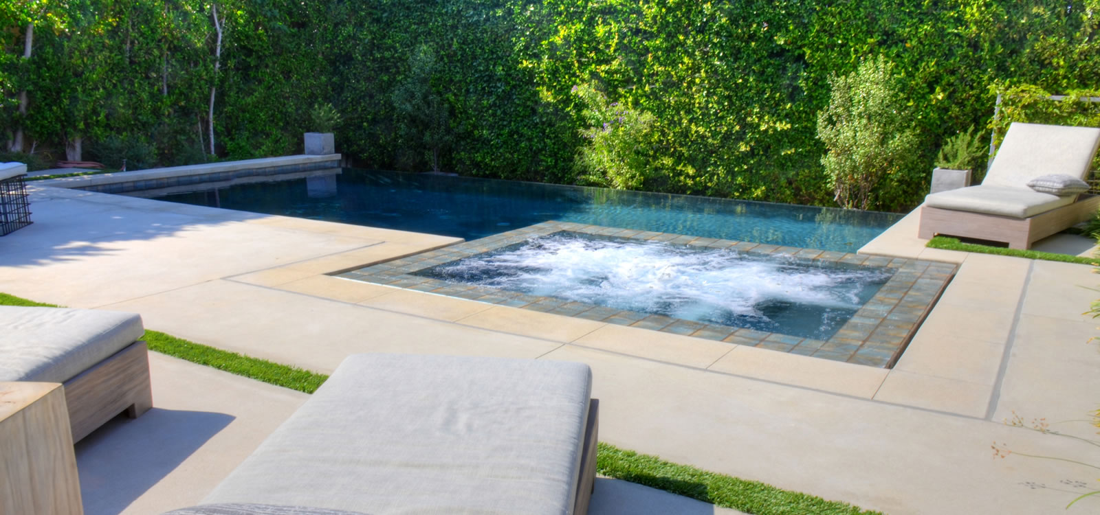 Los Angeles Outdoor Living Spaces Designer